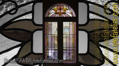 vitrail art décoratif restauré pour repose sur fenêtre neuve et double vitrage.
