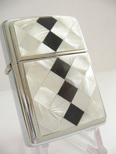 MOTHER OF PEARL ZIPPO