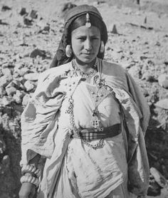 Africa | Jewish Berber woman from Tinghir, Morocco. August, 1938 | ©Germaine Laoust-Chantréaux,