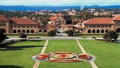 É uma visita obrigatoria para quem vai a San Francisco, o campus é muito bonito, a livraria espetacular, até vendem meus livros lá, uma grande quantidade de edificios, loja de roupas, supermercado, farmacia e banco da universidade  (Stanford Credit Union) que financia carros, imoveis, etc. O unico problema é que uma universidade cara.