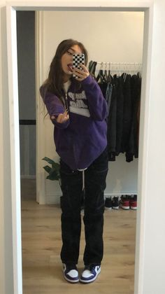 Fashion Mode, Tomboy Fashion, Teen Fashion Outfits, Retro Outfits, Streetwear Fashion, Purple Outfits, Swaggy Outfits, Baddie Outfits Casual, Cute Casual Outfits
