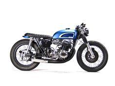 Honda CB750 Café Racer with bratstyle / brat style flat motorcycle seat pan
