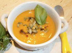 Fotorecept: Krémová tekvicová polievka - Recept pre každého kuchára, množstvo receptov pre pečenie a varenie. Recepty pre chutný život. Slovenské jedlá a medzinárodná kuchyňa