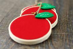 Make Simple Apple Hoop Art