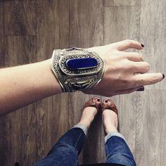 >>> LAST CHANCE <<< plus que 2 manchettes Lapis Lazuli en stock ! Dépêchez vous après il faudra attendre un mois lors retour sur le site   w