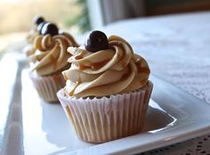 Coffee cupcakes with salted caramel frosting have a wonderful coffee overtone topped off with a hint of salted caramel in a beautiful frosting.