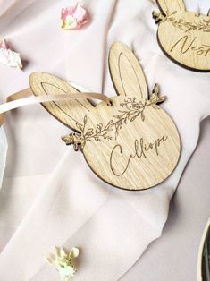 From Easter favours to painted eggs, with daffodils and pastel styling galore here are 5 Creative Styling Ideas For Your Spring Easter Wedding Creative Wedding Blogs, Wedding Inspiration and Ideas by Magpie Wedding #magpiewedding Spring Wedding, Wedding Blog, Easter Wedding Ideas, Daffodils, Favors, Wedding Inspiration, Pastel, Christian, Table Decorations