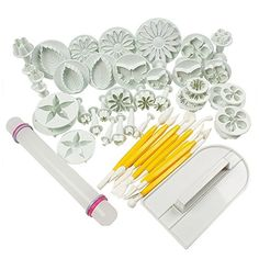 SIO Set of 46pcs Cake Tools Flower Fondant Cake Sugarcraft Cake Decorating Kit Cookie Mold Cake Mould Cutter Baking Tool -- Awesome product. Click the image : Bakers and Casseroles