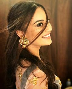 Check out the beautiful Surbhi Jyoti who rules on the heart of Indian with her magic beauty. After seeing Surbhi Jyoti Images you will admire her beauty See Cute Celebrities, Bollywood Celebrities, Celebs, Bollywood Fashion, Bollywood Actress, Indian Tv Actress, Indian Actresses, Tv Actress Images, Tv Show Couples