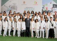 Anuncia Eruviel Ávila consultas en fines de semana y días festivos en centros de salud del Edoméx