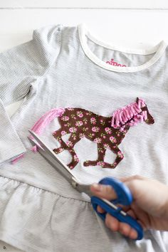 For Children: Make a vintage-inspired horse applique with this printable template