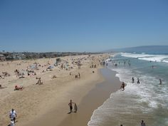 12 Beaches to visit in Los Angeles - Manhattan Beach: Manhattan Beach may well be the prototype for the quintessential Los Angeles beach. A Beach Boys hangout in their early days and the birthplace of beach volleyball, this west-facing urban beach attracts a broad mix of visitors. Bike path Walking path Surfing Swimming, lifeguard on duty during daylight hours Volleyball Fishing from the pier Aquarium on the pier.