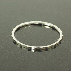 streitstones exklusiver Silber 835 Ring Lagerauflösung bis zu 70 % Rabatt streitstones http://www.amazon.de/dp/B00ROD3Z5S/ref=cm_sw_r_pi_dp_KyJ7ub1DW9DK0