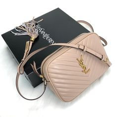 Yves Saint Laurent Lou Camera Bag (YSL) 100 genuine leather postman bags are in stock. The imported accessory kit Size cm Ysl Crossbody Bag, Ysl Purse, Ysl Bag, Saint Laurent Shirt, Yves Saint Laurent Bags, Luxury Bags, Luxury Handbags, Designer Handbags, Designer Bags
