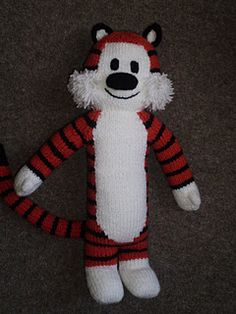 Hobbes knitting pattern... I need to learn how to make this... Too Cute!