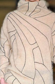 amaya arzuaga - knitwear with pattern pieces, the shape of an existing jacket or skirt? Knitwear Fashion, Knit Fashion, Looks Style, My Style, Fashion Details, Fashion Design, Fabric Manipulation, Mode Inspiration, Knitting Designs