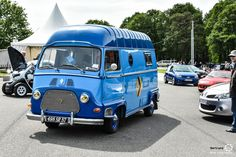 #Renault #Estafette au Losange Passion International. #MoteuràSouvenirs Reportage : http://newsdanciennes.com/2016/05/22/losange-passion-international-losange-tres-grande-forme/ #ClassicCar #VintageCar