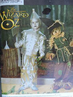 Scarecrow Tinman Stage Play Halloween Wizard of Oz Tin Man Scare Crow Child's Costume Simplicity 0634 / 7814 PATTERN Sz. 3 - 8 Halloween Costume Patterns, Halloween Costumes, Tin Man, Stage Play, Man Child, Wizard Of Oz, Cool Costumes, Cool Patterns, Fall Crafts