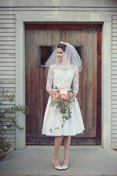 vintage inspired bridal look, photo by Love Life Studios