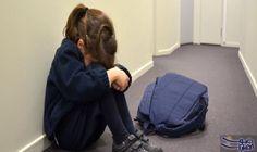 6 علامات تدل على تعرض طفلك للتحرش الجنسي: انتشرت ظاهرة التحرش في المدارس بكثرة في الآونة الأخيرة، سواء كان تحرش جنسي أو لفظي وجسدي، وهي…
