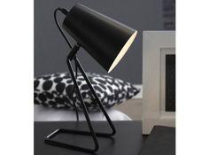 Lampe A Poser Un lampe à 16,90€ Pour vous éclairer le temps d'une lecture, voici une petite lampe à poser qui trouvera sa place sur votre table de chevet. Son look contemporain et son petit prix ont tout pour plaire, on craque sans hésiter ! Delamaison.fr