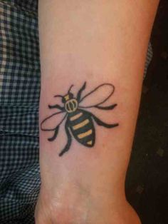 Want this Manchester bee tattoo.