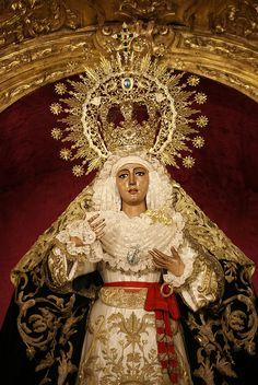 Virgen de la Esperanza de Triana - Illuminated II