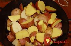 Zemiaky sadím každý rok podľa tejto rady a úroda ako z obrázka: Kto chce tento rok zdvojnásobiť úrodu zemiakov, nech si prečíta toto! Potatoes, Gardening, Vegetables, Plants, Jar, Hydroponics, Potato, Garten, Vegetable Recipes
