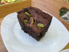 Dense chocolatey pistachio brownies...yum! #vegan #dessert #recipe