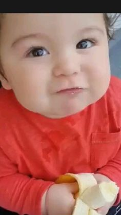 Cute Funny Baby Videos, Cute Funny Babies, Funny Videos For Kids, Funny Kids, Cute Kids, Funny Baby Memes, Cute Little Baby Girl, Little Babies, Cute Baby Pictures