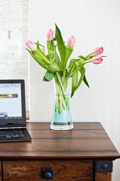 Use Glass Paint to create a modern swirl vase