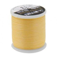 Fil nylon Miyuki 0,25mm jaune (x50m)  Référence 8413-13 Bobine de 50 mètres de fil nylon monofilament, de la marque Miyuki, couleur jaune (code couleur 13) épaisseur 0,25mm (size B) Très résistant, ce fil Miyuki de qualité convient parfaitement pour tisser des perles.