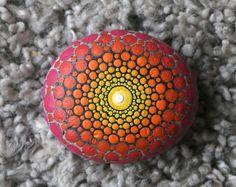 mandala steen stenen beschilderde