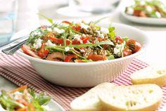 Snelle Rucolasalade met geitenkaas | Download ons receptenboek: http://www.flinndal.nl/gezond-gewicht/receptenboek?utm_source=pinterest&utm_medium=banner&utm_campaign=receptenboek