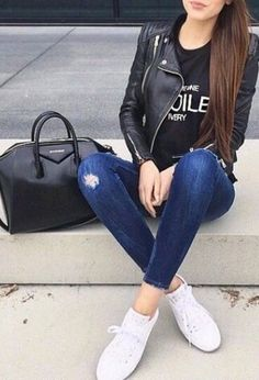 Casual Outfits With Jeans And Converse against Women's Second Hand Clothing Stores Near Me regarding Womens Clothes Like Boden; Casual Outfits With New Balance Spring Outfits, Trendy Outfits, Fashion Outfits, Women Casual Outfits, Fashion Clothes, Sneakers Fashion, Winter Outfits, Look Fashion, Autumn Fashion