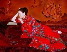 "Books know no boundaries...culture, gender, beauty....  ~  ""felixinclusis:  artezza: Xue Yanquna  """