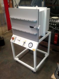 Custom Degassing Chambers - Vacuum-Degassing.com