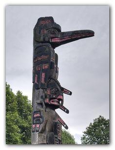 Totem Pole by Ali-Berko, via Flickr