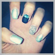 Nails ongles déco strass paillettes