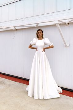Grad Dresses, Bridal Dresses, Evening Dresses, Formal Dresses, Lace Dress, White Dress, Aster Flower, Wedding Costs, Dress Cuts