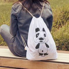 Mochila de tela - oso panda #tiendaconalma #discapacidadintelectual #yosíquesé #mochiladetela #mochilacondiseño #diseñográfico #arteconalma #viaje #mochila