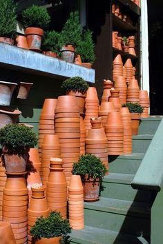 Picking the Right Gardening Tools – Info For Your Garden Clay Flower Pots, Clay Pots, Garden Urns, Garden Tools, Garden Center Displays, Clay Pot Projects, Garden Bridal Showers, Garden Journal, Garden Shop