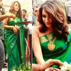 Trisha💚 @dudette583 ★ ★ ★ #trishakrishnan #trish #trisha #kollywood #mollywood #tollywood #tamil #telugu #malayalam #mallu #cinema #movie #song #actress #actor #tamilcinema #tamilsong #tamilactor #tamilactress #kollywoodcinema #kollywoodactor #indiancinema Indian Suits, Indian Wear, Indian Sarees, Silk Sarees, Saris, Blouse Patterns, Blouse Designs, Indische Sarees, Churidar Designs