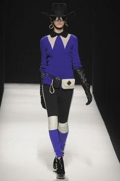 Moschino  AUTUMN/WINTER 2012-13  READY-TO-WEAR