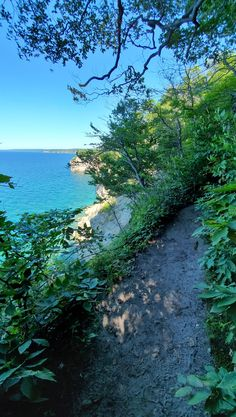 michigan hiking trails. things to do in michigan. upper peninsula, up north. midwest road trip. lake superior. national park vacation. pictured rocks national lakeshore. great lakes vacation. summer road trip. adventure travel vacation ideas. usa travel destinations. united states. america. Michigan Vacations, Michigan Travel, Vacation Trips, Vacation Ideas, States America, United States, North Country Trail, Pictured Rocks National Lakeshore, Picture Rocks