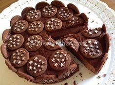 Torta Pan di stelle e nutella Nutella Mousse, Nutella Cake, Tart Recipes, Sweet Recipes, Dessert Recipes, Crumble Pie, Cheesecake, Love Eat, Pastry Cake