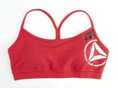 No matter your size, an ill-fitting bra can rattle your focus. The Front Zipper Yoga and Running Sports Bra gives you great comfort and a perfect fit making it Workout Attire, Workout Wear, Sport Fashion, Fitness Fashion, Crossfit Gear, Reebok Crossfit, Best Sports Bras, Yoga Pants Outfit, Fitness Tips
