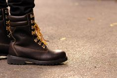 """Timberland 40th Anniversary """"40 Below"""" Super Boot- http://getmybuzzup.com/wp-content/uploads/2013/11/217025-thumb-600x399.jpg- http://getmybuzzup.com/timberland-40th-anniversary-40-below-super-boot/- By JD  I USE TO LOVE THESE SHITS Originating in 1979 and designed to withstand the harsh elements, the """"40 Below"""" Super Boot is the latest addition to Timberland's 40th Anniversary range. Standing at 10″ inches high, the boot's construction uses double insul"""