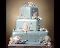 so perfect for a dreamy beach wedding