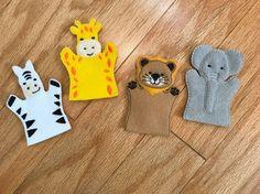 Jungle Finger Puppets / Zoo Animal Finger Puppet Set / Safari Puppets / Felt Toys / Easter Basket Toys / Lion, Giraffe, Elephant, & Zebra